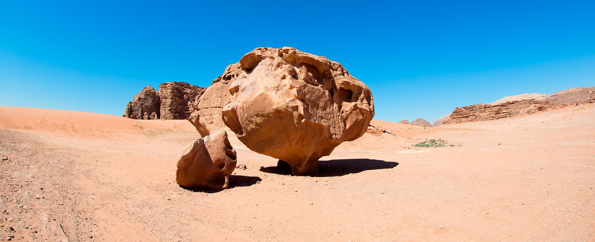 Incredible Sandstone Monuments of Wadi Rum