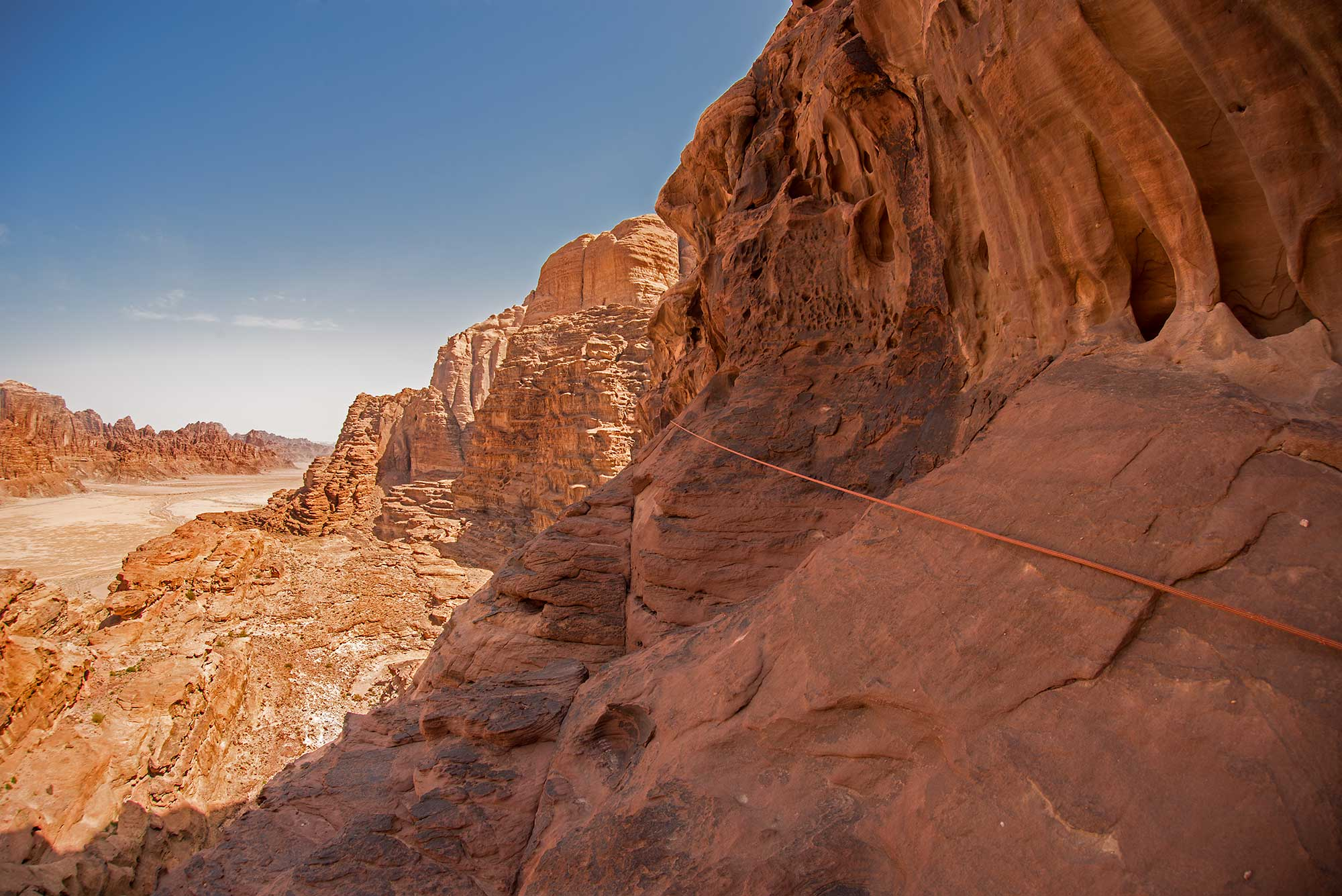 Wadi Rum, a place for extreme hikes