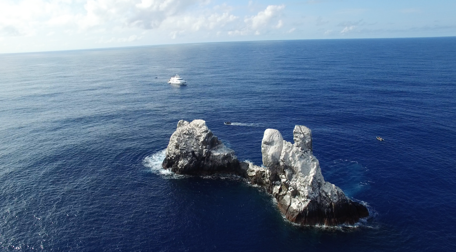 Aerial View, Roca Partida Revillagigedo ( Socorro ) Islands, Mexico