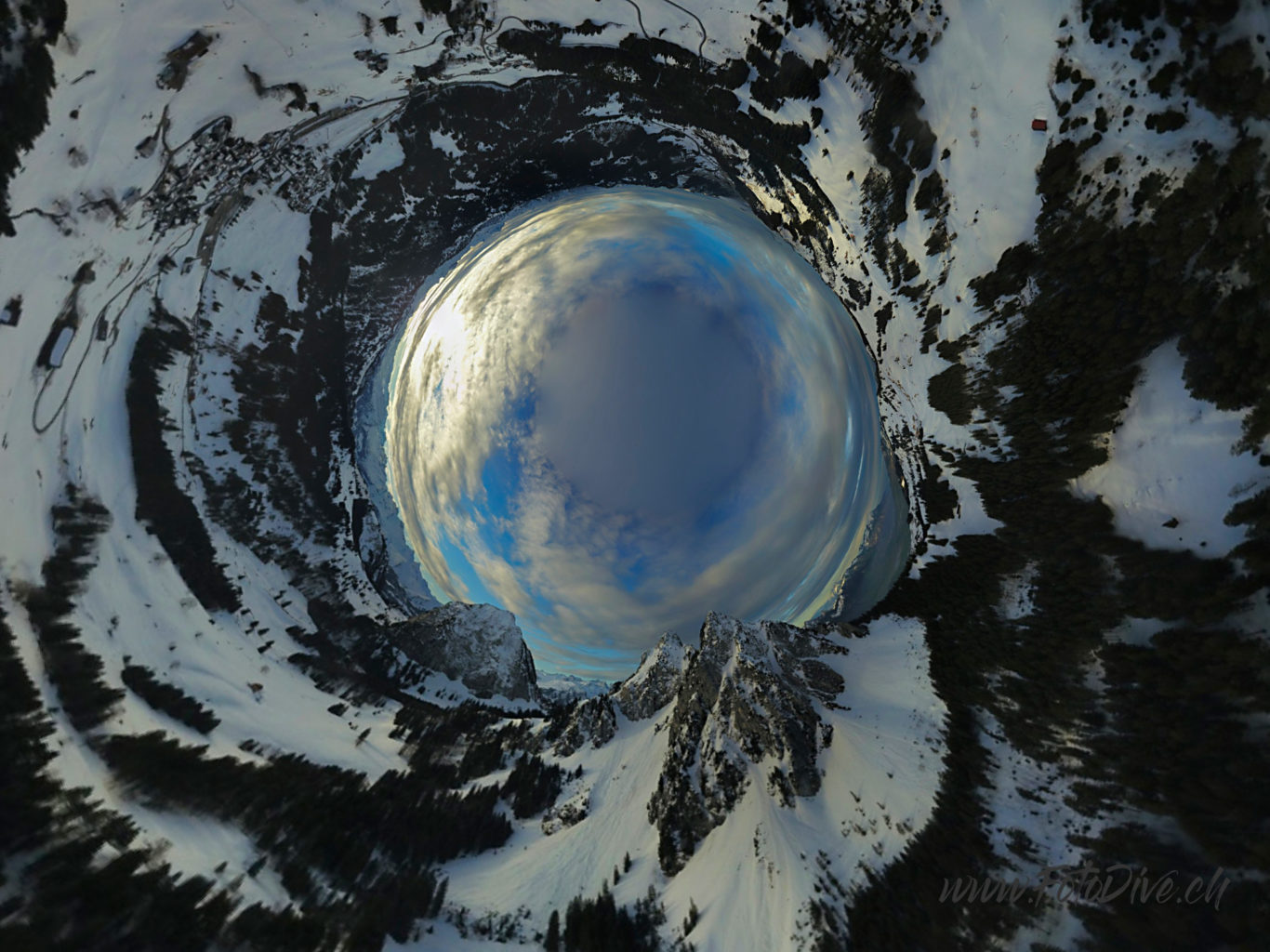 360 Photography, The Mythen Mountain Group, Canton Schwyz - Switzerland